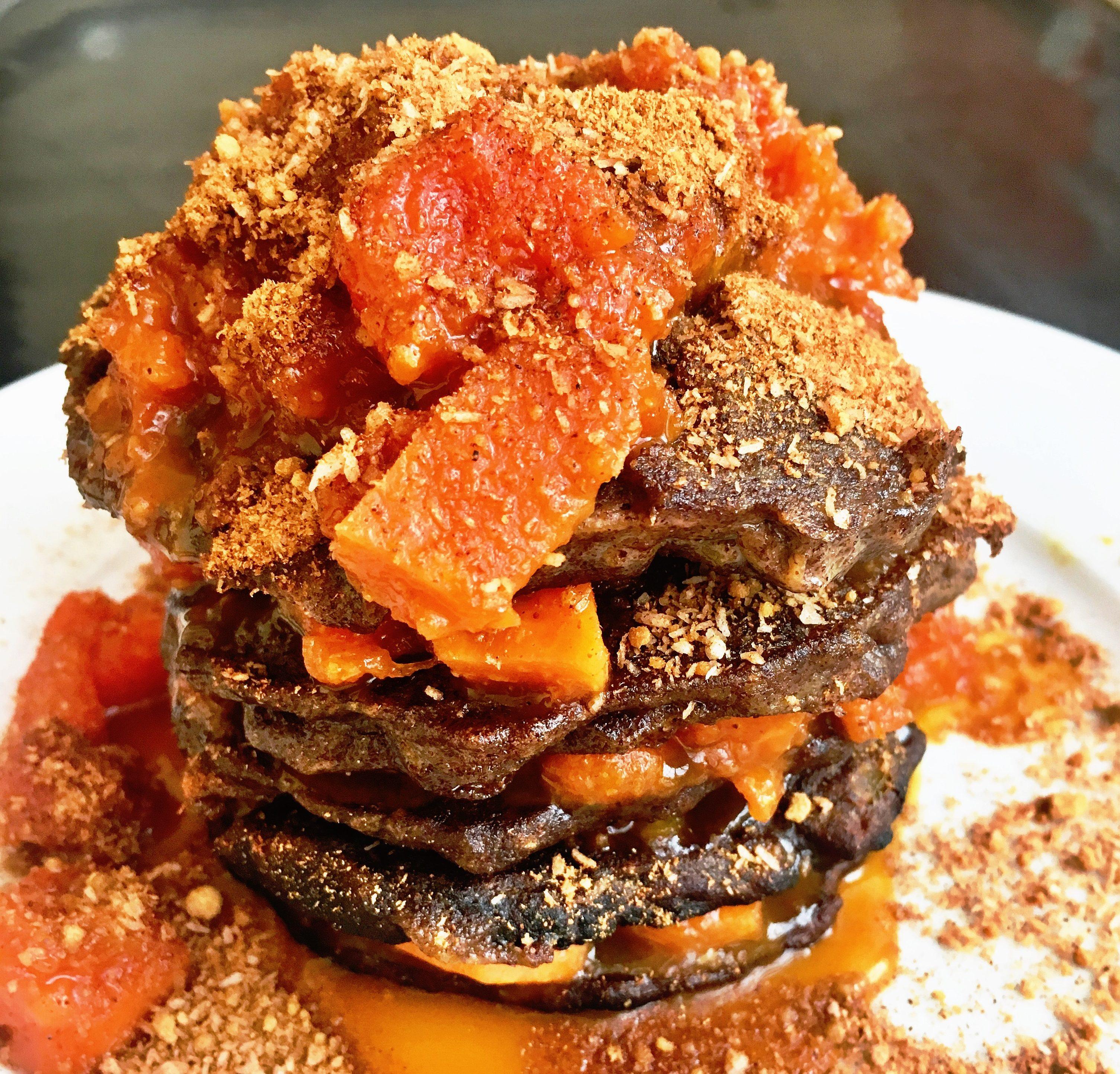 Pancake mit karamellisierter Papaya